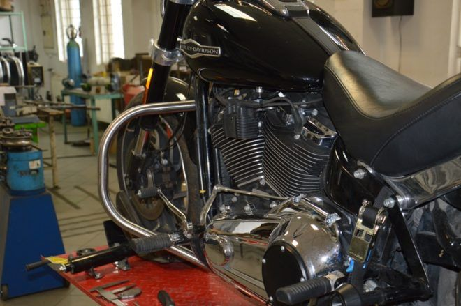 Front Engine Guards H-D Softail 2018-up
