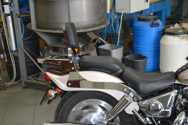 Passenger Backrest for SUZUKI Marauder VZ800