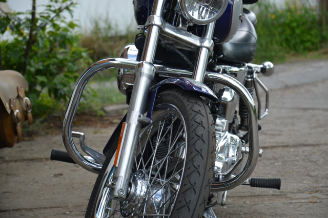 Front Engine Guards H-D Sportster 2004-